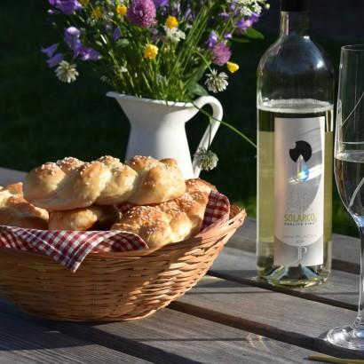 Recepty s vínem: Housky ze solárka